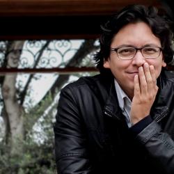 """Carlos Yushimito: """"Un escritor es un lector que ha perdido su fe en la soledad"""""""