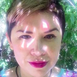 Araceli Toledo Olivar - 'Murmullos de salamandras'